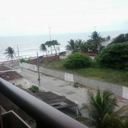 Aluga-se Apartamento mobiliado frente para o mar