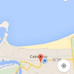 10 min da praia. Ponto azul fica a cobertura, mar é o da praia do forte
